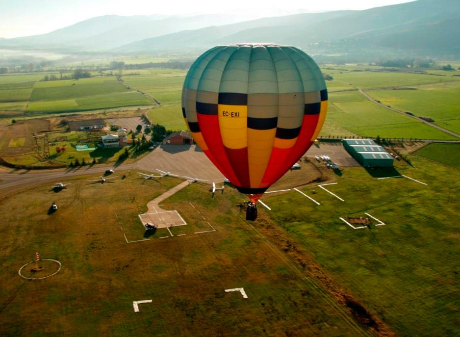 Globus-de-la-Cerdanya-aerodrom